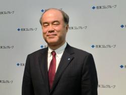 経営方針を発表する池田社長