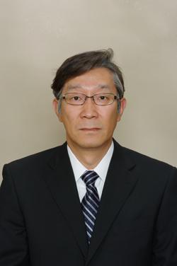 岩崎吉夫氏