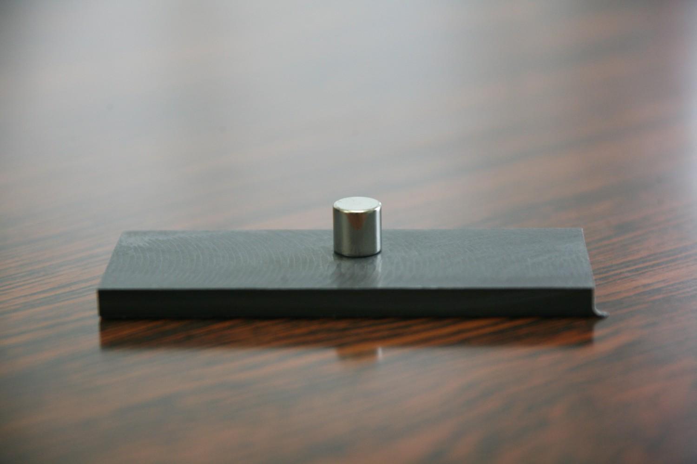 磁石につくフッ素樹脂コンパウンド
