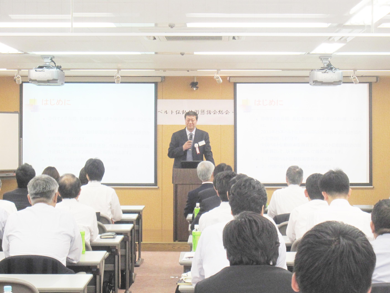 講演するハルピン工業大学の姜洪源教授
