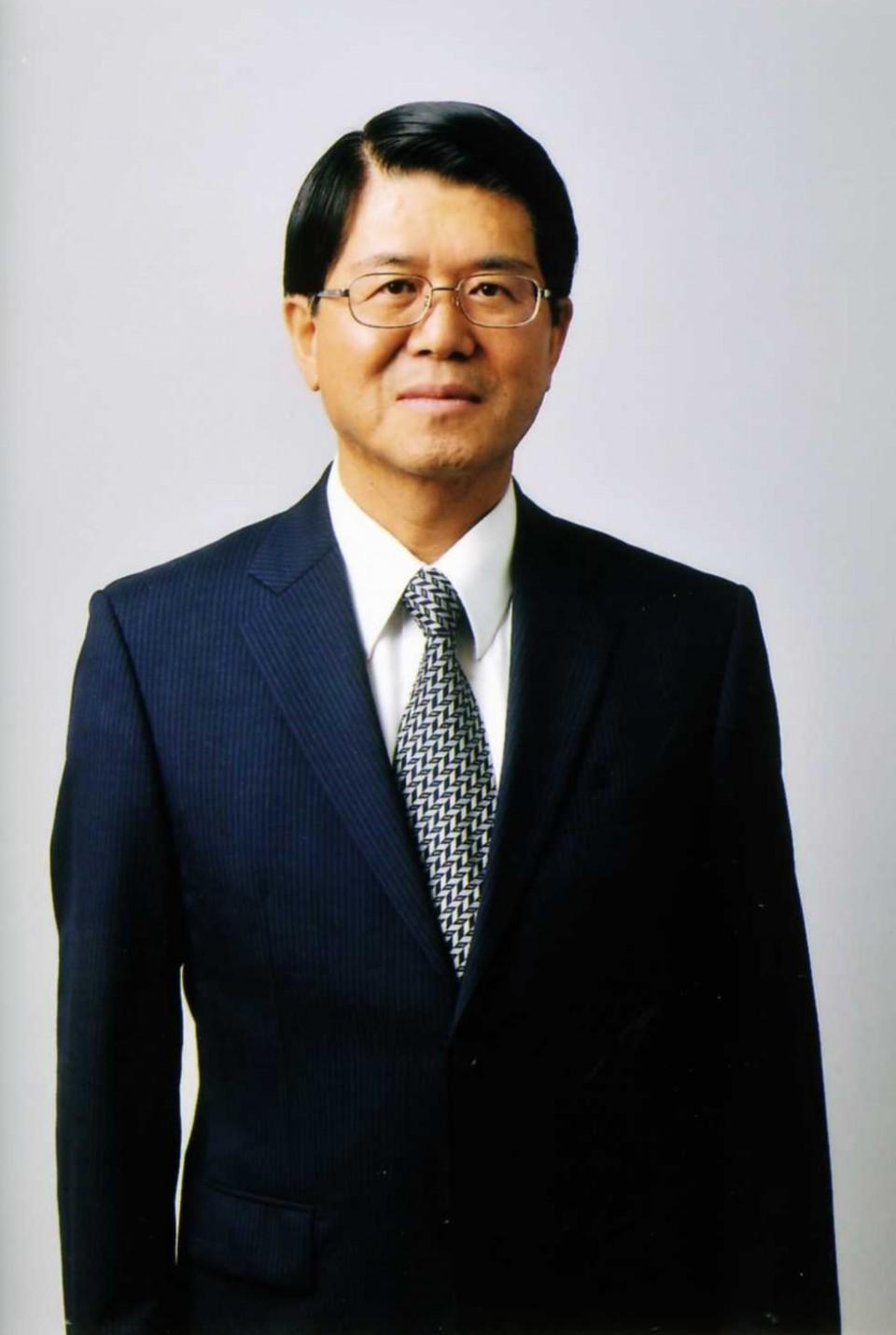 中村栄太郎氏