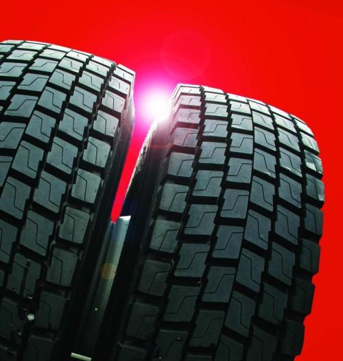ランクセスのハロブチルゴムは気体に対する高い不透過性を備えるため、タイヤのインナーライナーに使用されている