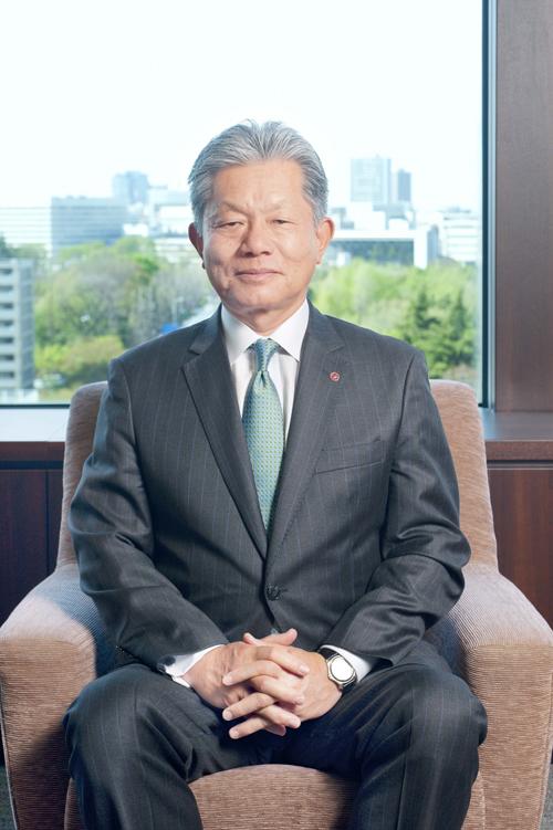 長坂一代表取締役専務執行役員