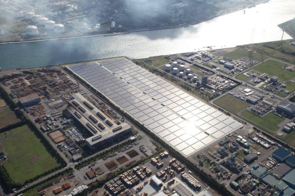 鹿島工場のメガソーラー