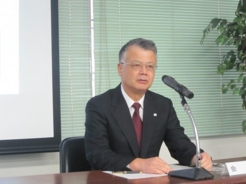 改革の基本的な考え方について語る西海会長