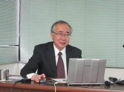 改革の概要を説明する松谷専務理事