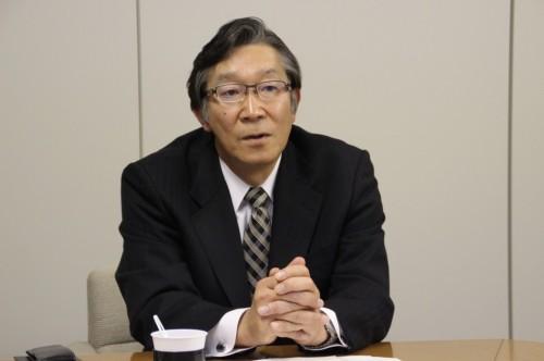 明治ゴム化成 岩崎社長