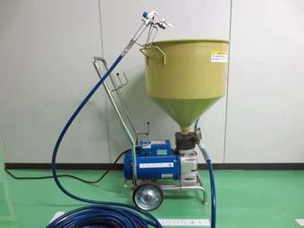 吹き付け装置(100V可搬型エアレススプレー機)