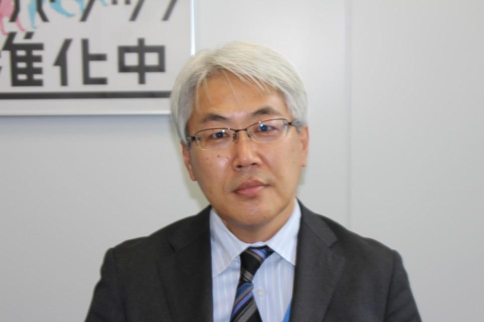 現況を語る冨野清ゴム・化成品営業部部長