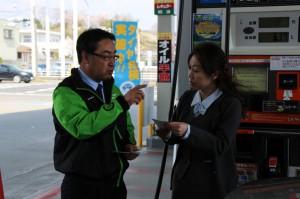 日常点検の重要性を説明するブリヂストンタイヤジャパンの清水実社長