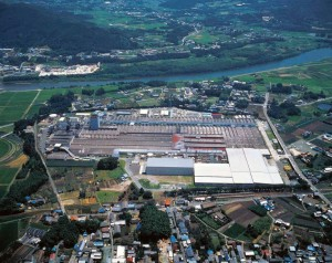 新城工場の外観
