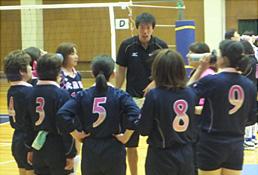 豊田合成トレフェルサの選手による技術指導の様子