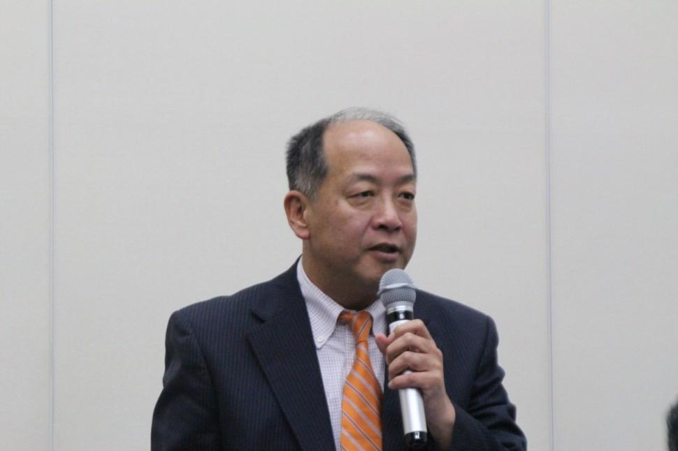 決算を説明する平野勇人取締役上席執行役員