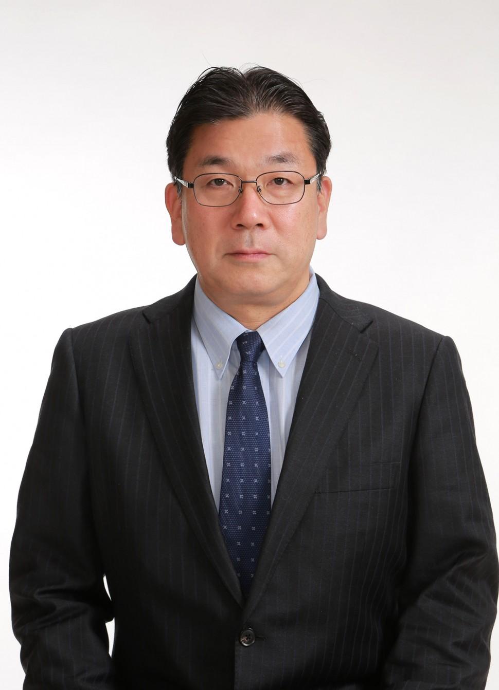 前田龍一氏
