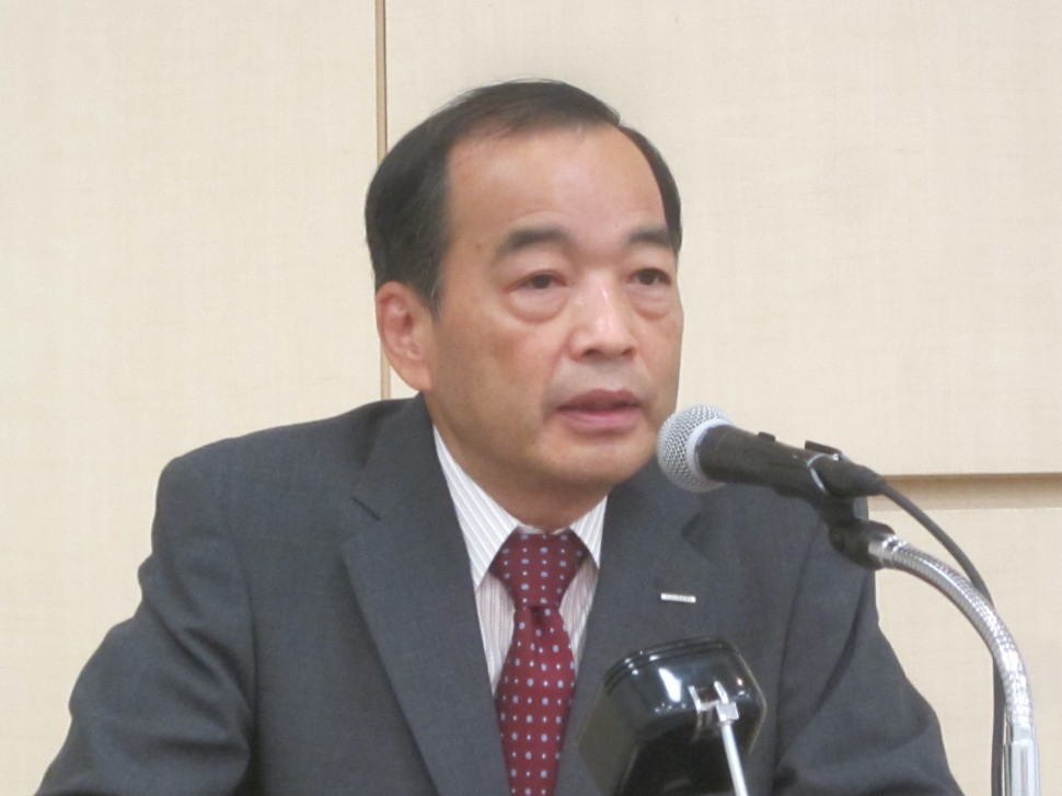 中計の進捗について語る浅野社長