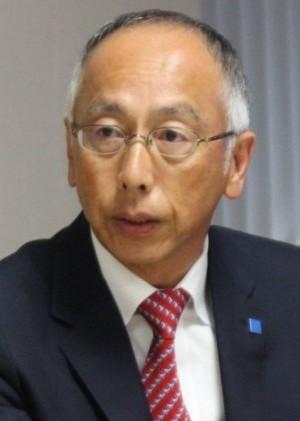 質疑応答で質問に答える池田浩執行役員
