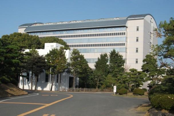 研究開発センターRADICの外観