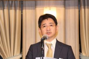 九州ゴム工業会の今後の展望を述べる中島会長