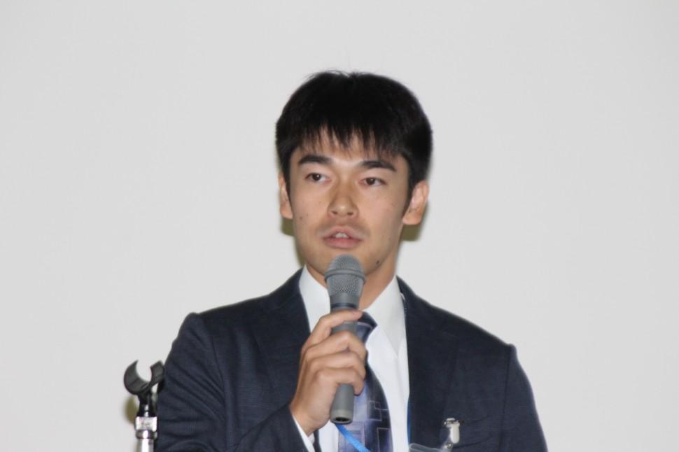 日本ゴム協会関東支部総合紹介講演会でMDSSを説明する古川研二氏