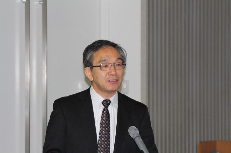 開催のあいさつする高田関東支部長