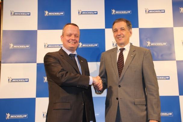 左:ポール・ペリニオ新社長、右:デルマス新会長