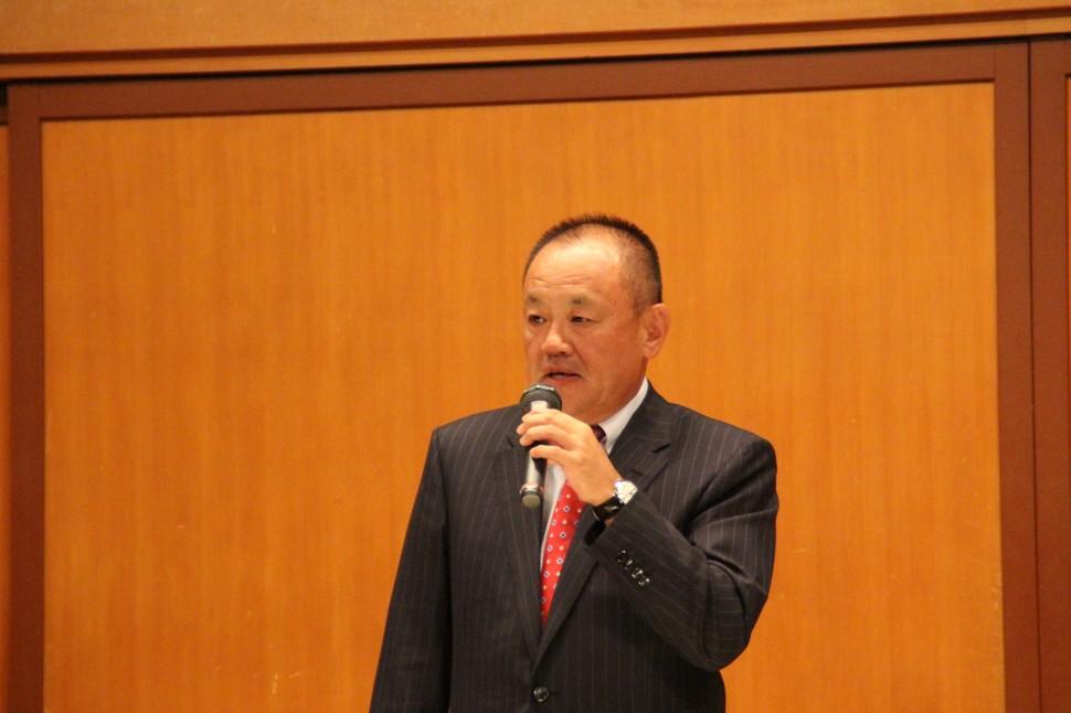 共済会の加入を促す山上理事長