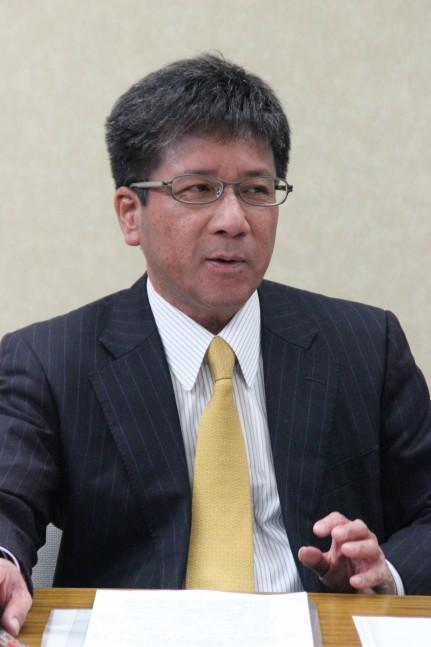 16年度の課題を語る十川利男社長