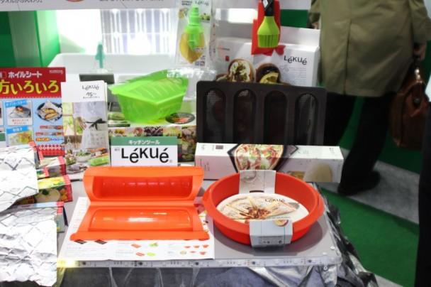 シリコーンゴム製のキッチンツール