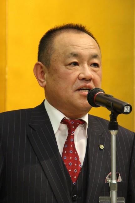 商品展示説明会の参加を呼びかける山上理事長