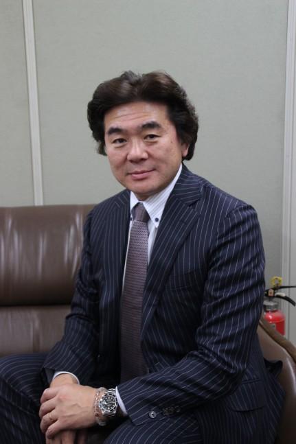 西井英正社長1