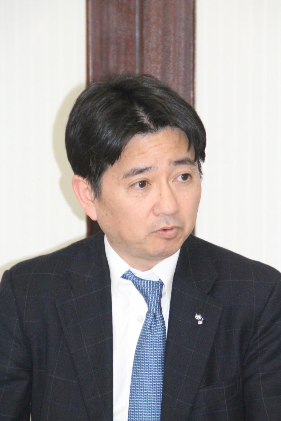 九州ゴム工業会について説明する中島会長