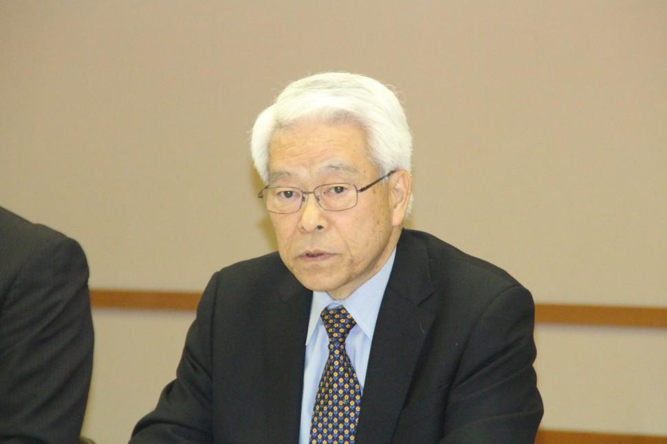 ゴム業界の現況を述べるの野田会長