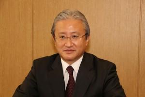 安藤栄一郎エラストマー部長