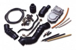 「エピクロマー」の自動車用燃料系ホース・吸排気系ホース用途例