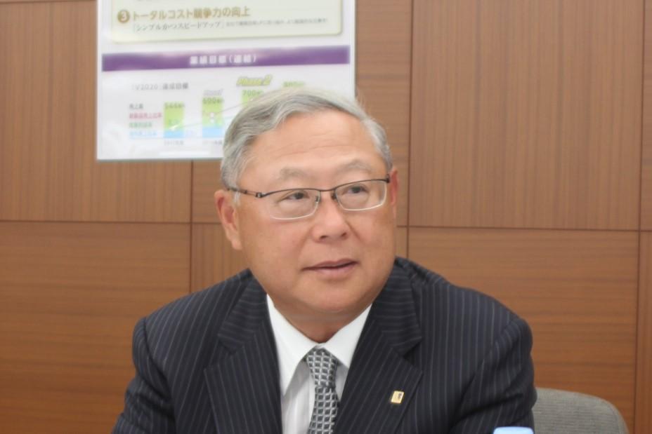 新田元庸代表取締役社長