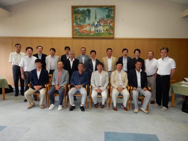 墨東ゴム工業会と東部ゴム商組墨東支部合わせて22名が参加した
