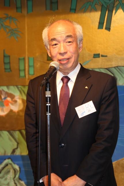 新年のあいさつをする和田章会長