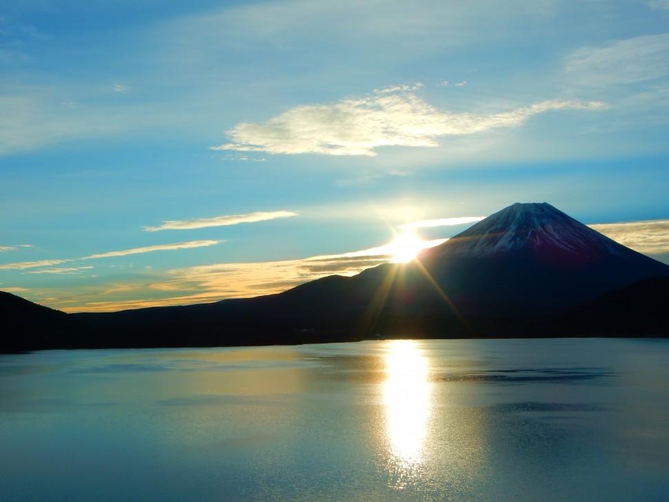 峡南シリーズ 身延町から富士山と朝日と本栖湖
