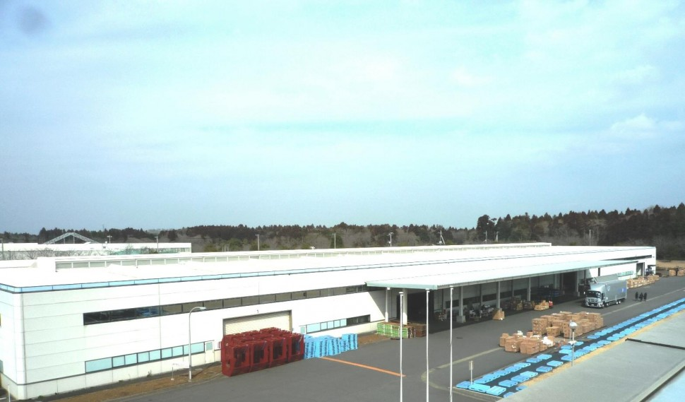 壁紙生産設備を導入する牛久市の物流施設