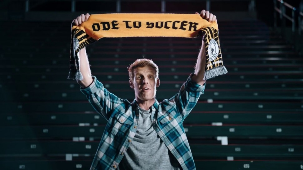 【動画】コンチネンタルタイヤ Continental Tire Supporters featuring, Alexi Lalas