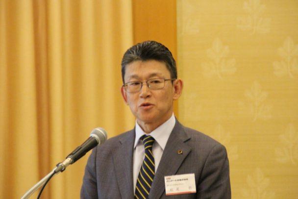 国内の販売方針を示す松尾部長