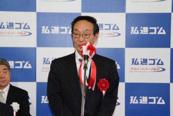 来賓を代表してあいさつをする稲葉信義仙台市副市長