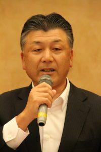 抱負を語る羽渕新会長