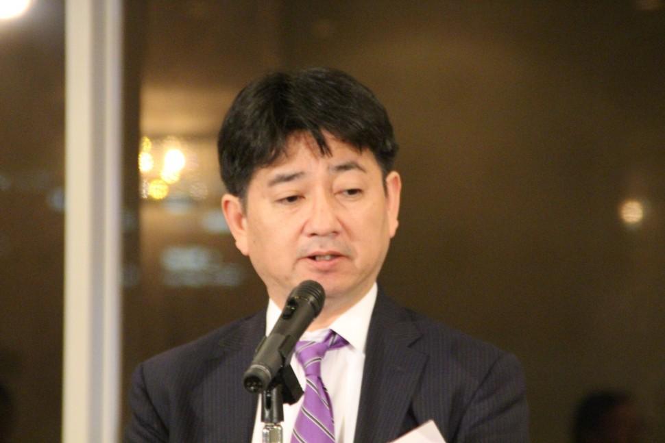 九州ゴム工業会の中島会長が同連合について説明