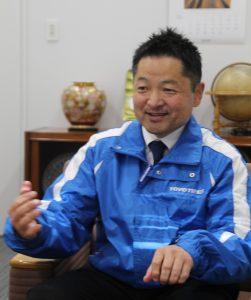 準・非降雪地区への販売を促進していきたいと語る深津商品企画グループ長