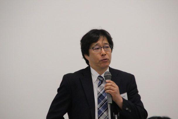 来賓の祝辞を述べる日本ゴム協会の竹中副会長