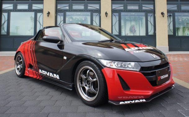 """""""Red in Black""""の「ADVAN」カラーを纏った「Honda S660」"""