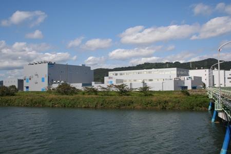 オプテス高岡製造所