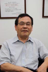 岩上代表取締役会長兼社長