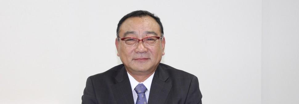 岡理事長(横長)